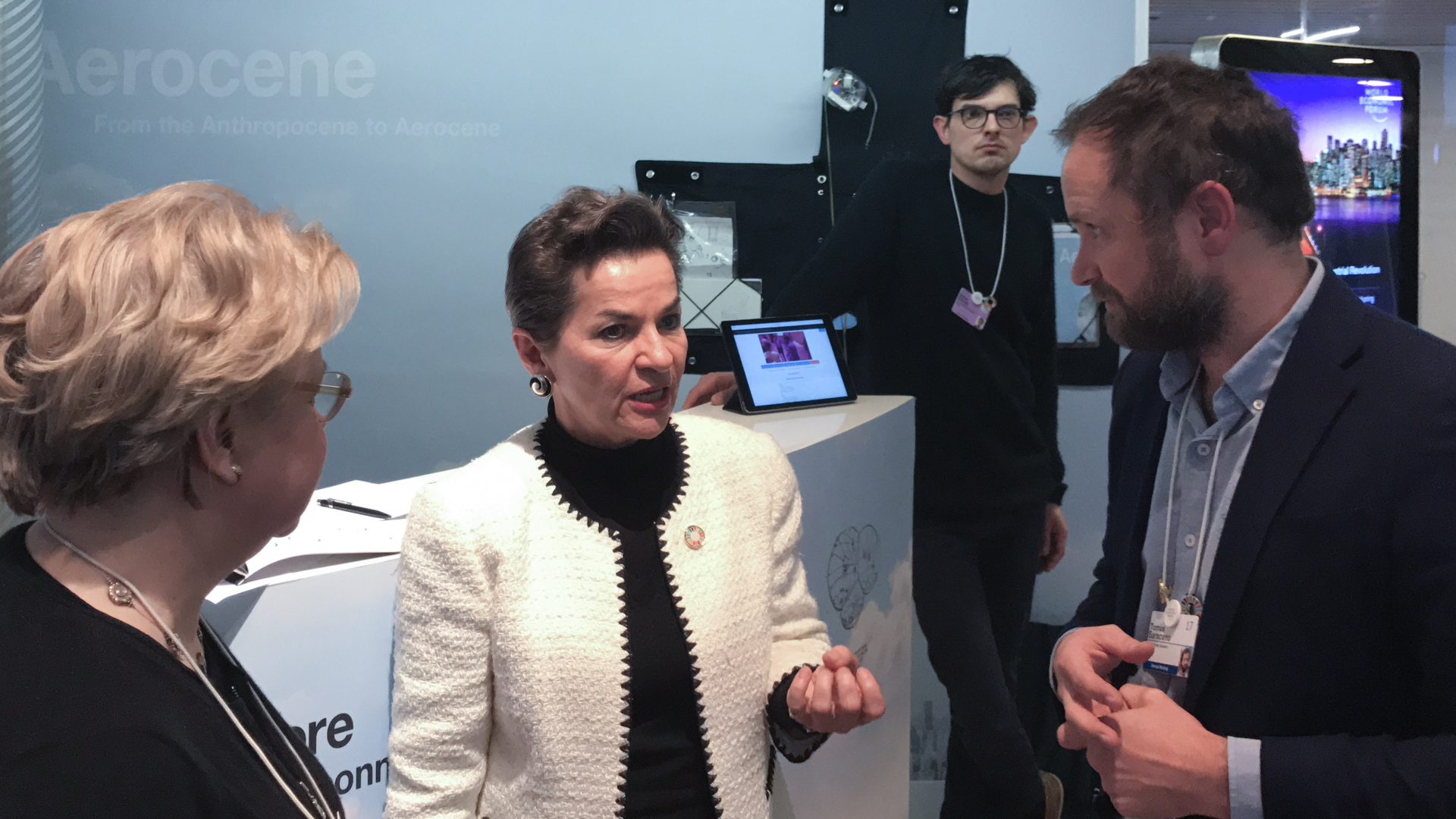Aerocene, at the World Economic Forum Annual Meeting 2017, Davos, Switzerland. Together with Lodovica Illari, MIT EAPS, and Nick Shapiro, PublicLab. The project is developed by Aerocene Foundation. From left to right: Lodovica Illari, Department of Earth, Atmospheric and Planetary Sciences at the Massachusetts Institute of Technology (MIT); Executive Secretary of the UN Framework Convention on Climate Change (UNFCCC), Christiana Figureres; Tomás Saraceno. (Credit: © Photography by Studio Tomás Saraceno, 2017)