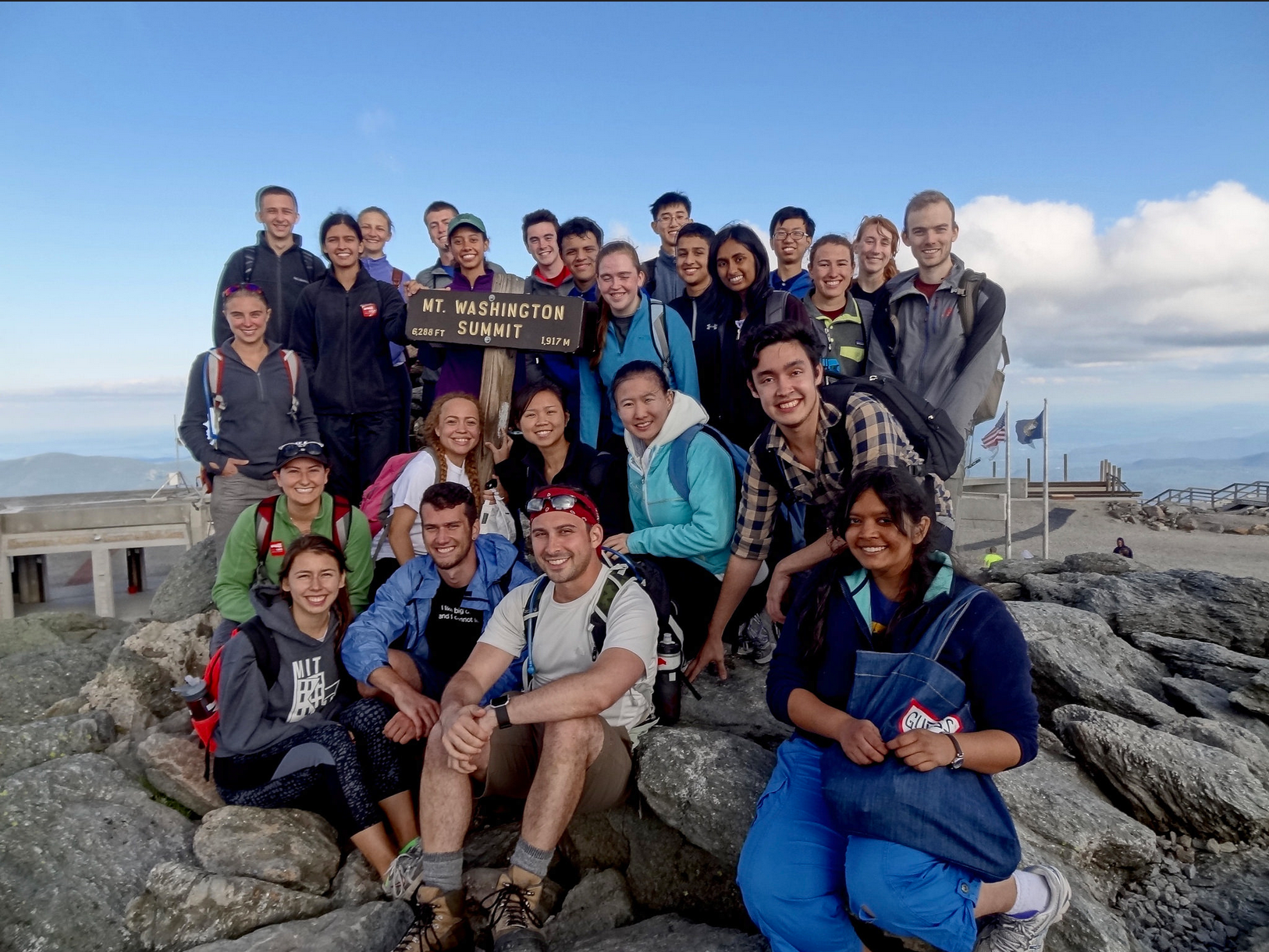 The 2016 DEAPS Extreme Weather and Climate group at the top of Mt. Washington.